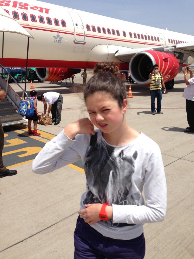 Tamuna müde am Flughafen