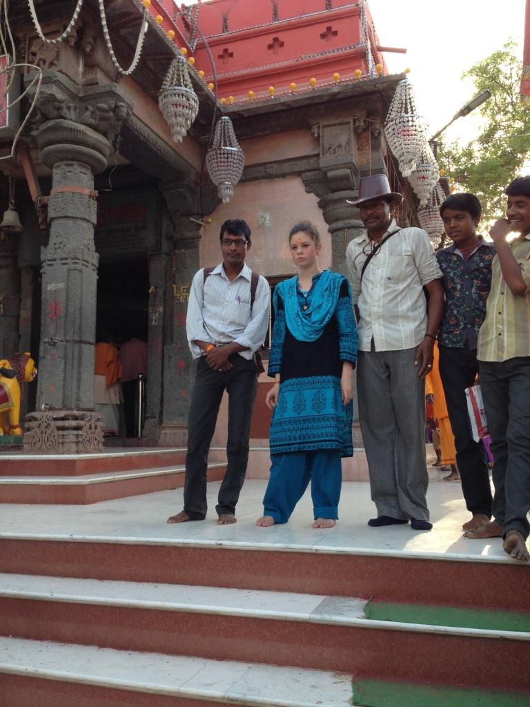 Ob auf der Straße, ob im Tempel: Können wir ein Selfie mit euch machen? lautet die Frage