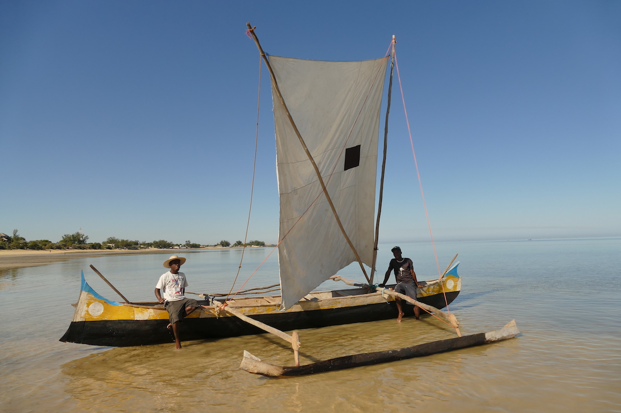 Pirogenkapitän Franclin mit seinem Skipper, Foto Susanna Hagen