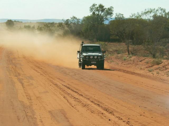 Roter Sand, Staub und unendliche Weite im Zentrum Australiens