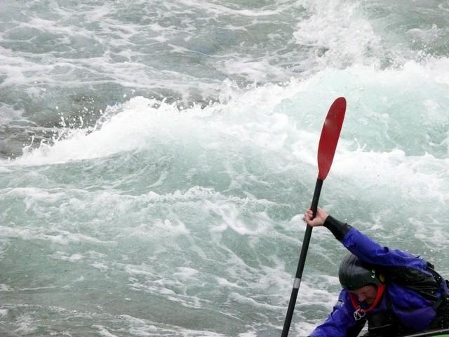 Aktion pur im Kajak im Wildwasser der Ardeche