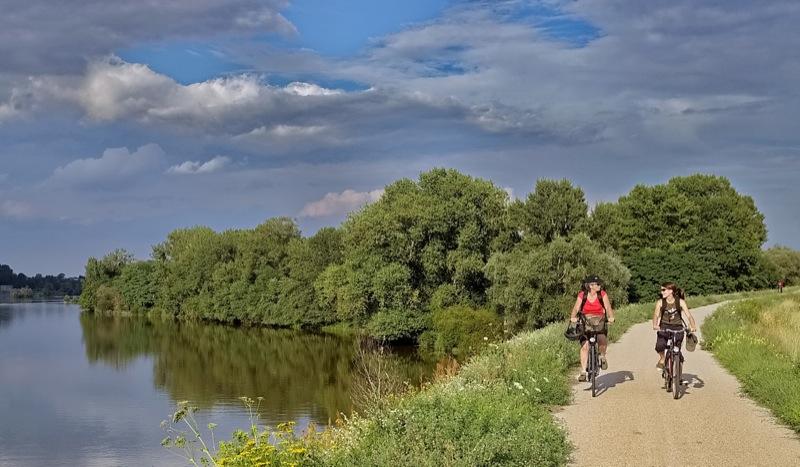 Gut ausgeschildert, abwechslungsreich und mit viel gutem Essen und reichhaltigem Kulturangebot - der Loire-Radweg