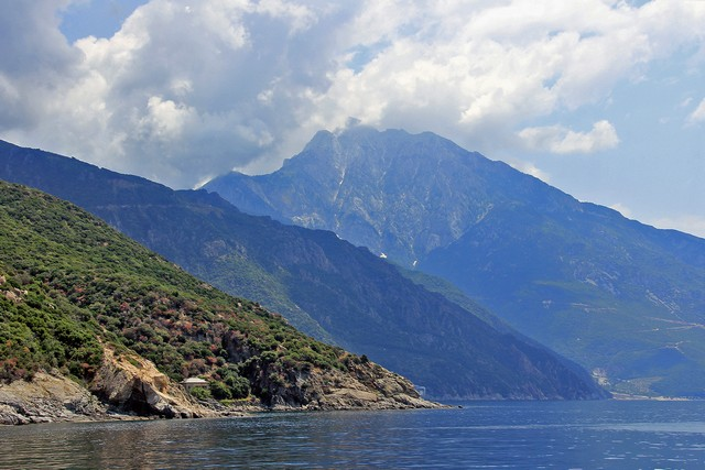 Berg in Griechenland - Foto: Wolfgang Weitlaner